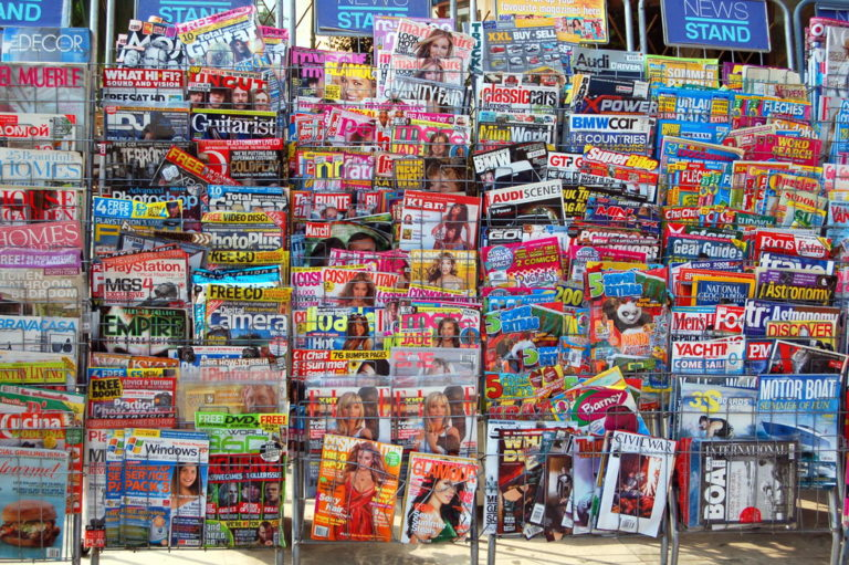 App wars: Are social networks killing the news industry?